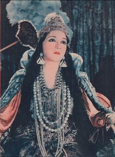 Bahiga Hafez 1908-1983 Egyptian silent film actress Arab Actress, Egyptian Actress, Egyptian Beauty, Egyptian Women, Silent Film Stars, Movie Stars, Egyptian Movies, Ghost In The Machine, Old Egypt