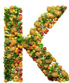 Vitamin K - improved bone density is reported with more than 109 mg/day. Average dietary intake of vitamin K in the U. is just 80 mg/day. (Vitamin K should not be taken with blood thinner Coumadin®. Low Sodium Recipes, Healthy Recipes, Fruits Images, Good Bones, Bone Density, Bone Health, Eyes Health, Vitamin K, Vitamins And Minerals