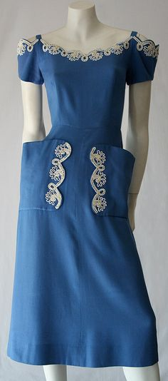 Vintage late to cornflower blue linen embroidered dress. So beautiful! Looks like a dress my Mom would have worn! Blue Dresses, Vintage Dresses, Vintage Outfits, Belle Epoque, 1940s Fashion, Vintage Fashion, Vestidos Pin Up, Vintage Clothing Online, Clothing Ideas