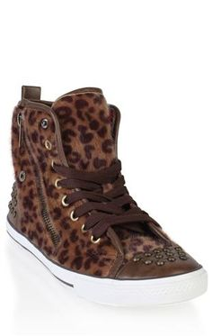 High Top Lace Up Sneaker - This is sssooo Hipsta it isn't even funny!!! <3
