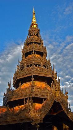 Reaching for the Sky by Deborah Thompson on 500px | Temple, Chiang Mai, Thailand √