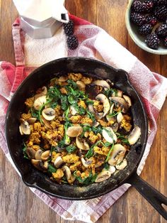 Vegan Savory Spinach and Mushroom Chickpea Scramble