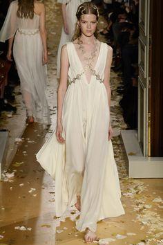 Valentino Spring 2016 Couture Fashion Show - Kadri Vahersalu (PREMIUM)