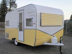 Cozy Vintage Camper