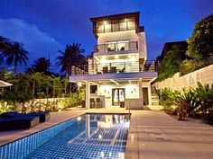 Take a vacation in our perfect villa just minutes from Cheong Mon Beach