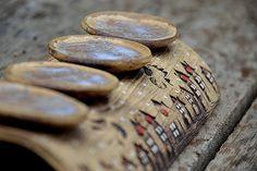 advent. svícen II.dlouhý-zasněžená vesnička-obj!! Air Dry Clay, Advent, Clay Projects, Ceramics, Christmas, Clay, Ceramica, Xmas, Pottery
