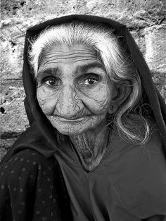 Eyes of Experience Elderly Rabari woman at Nadapa village, east of Kucth, India #portrait #face