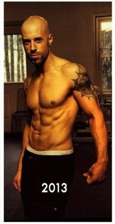 Chris Daughtry  -  I did not know this picture existed until now.... XD