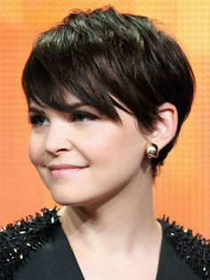 longer pixie {Ginnifer Goodwin} I wish I could pull off a pixie cut! They are just so cute!!!