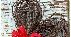 Risusydän ja kuinka se tehdään. Lisää erilaisia ohjeita löytyy täältä . Tarvikkeet: Koivunoksia Puolalankaa Oksasakset Nauhaa ym.... Homemade Gifts, Easter, Gardening, Wreaths, Autumn, Spring, Floral, Pretty, Christmas