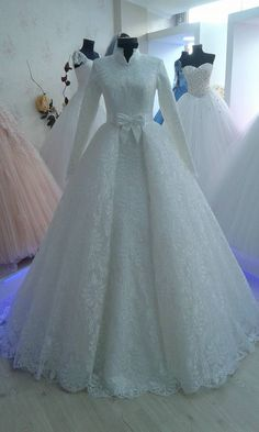 Muslim Wedding Gown, Muslimah Wedding Dress, Modest Wedding Gowns, Muslim Wedding Dresses, Wedding Hijab, Wedding Dress Sleeves, Wedding Wear, Bridal Dresses, Indian Fashion Dresses