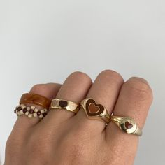 Nail Jewelry, Dainty Jewelry, Cute Jewelry, Jewelery, Jewelry Accessories, Gold Jewelry, Nail Ring, Accesorios Casual, Brown Aesthetic