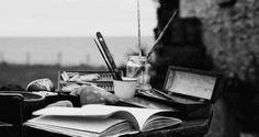 15 razones por las que nunca deberías enamorarte de un escritor  The Idealist