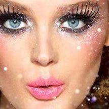 Maquiagem artística - glitter e cílios