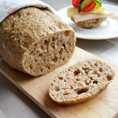 Easy homemade buttermilk bread recipe is sweetened with honey. Hand kneading or bread machine instructions, and step by step images. Bread Recipe King Arthur, King Arthur Flour, Bread Machine Recipes, Bread Recipes, Flour Recipes, Kalamata Olive Bread, Pecans, Cream Bread Recipe, Pain Aux Olives