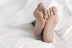 Het rusteloze benen syndroom (RBS), dat meestal onder zijn Engelse benaming Restless Legs syndroom (RLS) wordt aangeduid, is een neurologische aandoening die zich kenmerkt door een irriterend, branderig gevoel - alsof er insecten rondkruipen - diep in de kuiten, soms beurtelings, soms in beide kuiten tegelijk