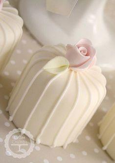 Stripes and Rosebud Mini Cakes. An elegant twist to the traditional petit fours. Gorgeous Cakes, Pretty Cakes, Cute Cakes, Amazing Cakes, Mini Wedding Cakes, Wedding Cupcakes, Fancy Cakes, Mini Cakes, Fondant Cakes