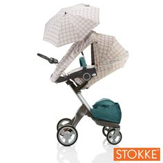 Keep your baby dry with this great stroller summer kit!