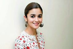 Alia Bhatt wows in this chic desi-boho avatar!-Entertainment
