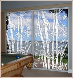 Big Bamboo Etched Glass Window Film (see thru) on sliding glass doors.so many styles to try. Etched Glass Vinyl, Rideaux Design, Stained Glass Window Film, Oriental Decor, Bamboo Design, Window Films, Glass Artwork, Sliding Glass Door, Glass Doors