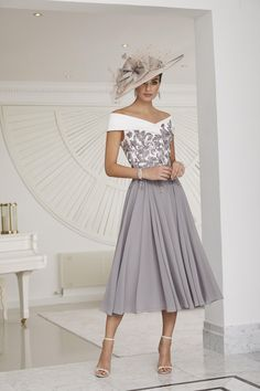 Mother Of Bride Outfits, Mother Of Groom Dresses, Young Mother Of The Bride, Long Mothers Dress, Floaty Dress, Full Skirt Dress, Midi Skirt, Mob Dresses, Wedding Dresses