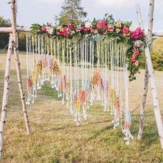 Loving this boho inspired wedding decoration. This is such a cool idea and could be achieved at a relatively low cost. .  #merleandmorris #bridalshoes #alternativebride #bridalstyle #bridetobe #bohobride #weddinggoals #shoegoals #iftheshoefits #luxurybride #alternativestyle #shoesday #bridalmusings #londonbride#shoesofinstagram #bridetobe2017 #brideinspiration #londonwedding #lovemydress #rock roll #rocknrollbride #vintageweddingdress .