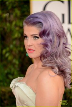kelly osbourne giuliana rancic golden globes 2013 red carpet 16