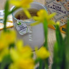 A pure camomile with a comforting and calming taste. Keep calm and smile on! Keep Calm And Smile, I Cup, My Cup Of Tea, Herbal Tea, Calming, Warehouse, Tea Cups, Van, Organic