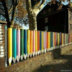 Steccato di pastelli colorati.......