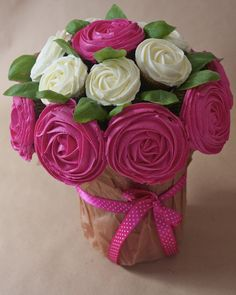 Mon bouquet de cupcake rose pour lutter contre le cancer du sein / My cupcake roses bouquet to fight breast cancer