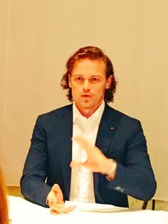 New Pictures of Sam Heughan, Caitriona Balfe and Tobias Menzies Doing Press | Outlander Online