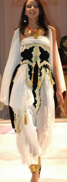 Algerian Fashion based on Traditional Dress