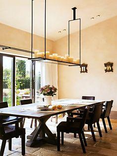 Sala de Jantar com Lustre de Velas