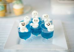 Snowgies made from marshmallowed & jello!