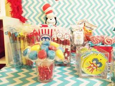 Cat in the Hat/ Thing1 & Thing 2 Birthday Party Ideas | Photo 4 of 33