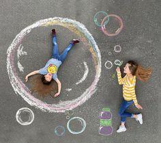 Chalk Photography, Creative Photography, Chalk Pictures, Art For Kids, Crafts For Kids, Chalk Design, Sidewalk Chalk Art, Foto Baby, Chalkboard Art