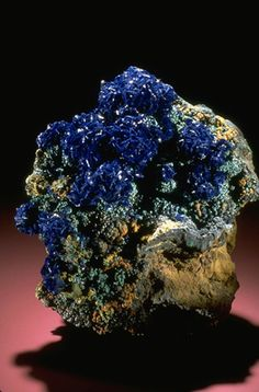 Azurite (143379) from the National Mineral Collection