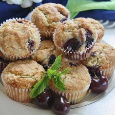 Put fresh cherries to good use this summer with this quick and easy recipe for kid-friendly muffins with a fragrant hint of almond extract. Muffin Recipes, Breakfast Recipes, Dessert Recipes, Desserts, Breakfast Quiche, Date Muffins, Cherry Muffins, Baking Muffins, Easy Meals For Kids