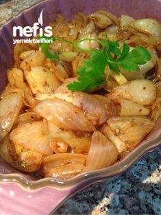 Et Ve Balık Yanına Pişmiş Soğan Mezesi Cooking Recipes, Healthy Recipes, Turkish Recipes, Fish Dishes, Seafood, Cabbage, Pasta, Chicken, Meat