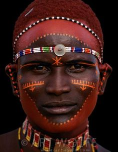 Samburu Tribesman, Kenya by Art Wolfe African Tribes, African Art, We Are The World, People Around The World, Black Is Beautiful, Beautiful People, Arte Tribal, Tribal Paint, Tribal People