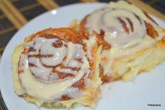 Cinnamon rolls (pãezinhos doces de canela) Cinnamon Rolls Receita, Cinammon Rolls, Egg Recipes, Cooking Recipes, Comida Diy, Waffles, Pancakes, French Toast, Brunch