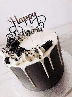 Elegant Birthday Cakes, Birthday Cakes For Teens, Homemade Birthday Cakes, Beautiful Birthday Cakes, Women Birthday, Birthday Cake For Boyfriend, Birthday Cake For Him, Cute Birthday Cakes, Chocolate Birthday Cake For Men