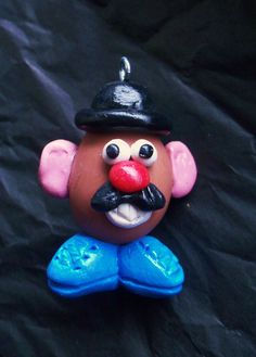 Mr.Potato Head charm Potato, Polymer Clay, Goodies, Cat, Christmas Ornaments, Holiday Decor, How To Make, Sweet Like Candy, Potatoes