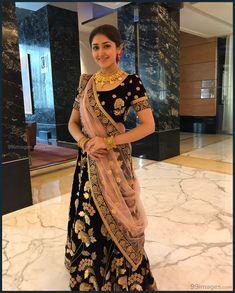 Sayesha Saigal Hot HD Photos & Wallpapers for mobile Sonam Kapoor, Deepika Padukone, Bollywood Actress Bikini Photos, Half Saree Designs, Indian Bridal Fashion, Photo Wallpaper, Mobile Wallpaper, Top Celebrities, Most Beautiful Indian Actress