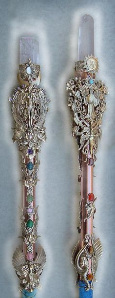 Large Crystal Wands- http://www.heartsongs-crystal-wands-crowns.com/large_crystal_wands.htm