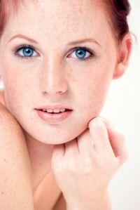 Best Make Up Tips For Freckles
