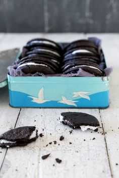 """""""Oreo"""" Cookies - a dairy and gluten free recipe"""