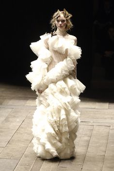 Alexander McQueen F/W 2006 Widows of Culloden