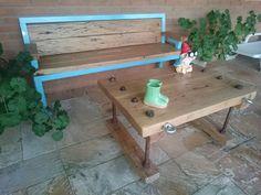 Banco e mesa de varanda