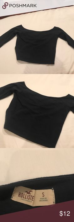 Hollister Off The Shoulder Crop Top! Used Once! Hollister Off The Shoulder Crop Top! Used Once! Navy! Hollister Tops Crop Tops